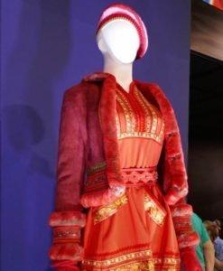 Noelle Kringle Anna Kendrick Red Jacket