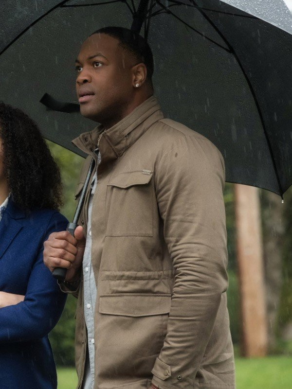 Charmed Ser'Darius Blain Beige Cotton Jacket