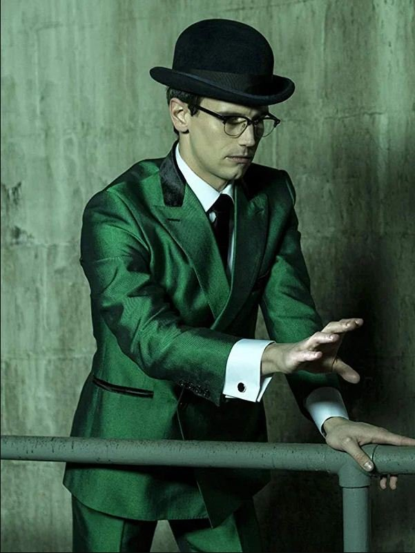 TV Series Cory Michael Smith Gotham Green Blazer