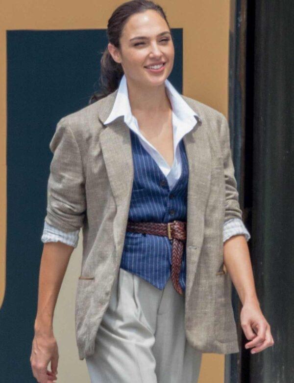 Wonder Woman 1984 Gal Gadot Grey Blazer