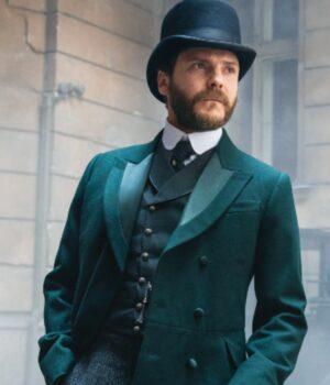 Laszlo Kreizler Green Velvet Coat