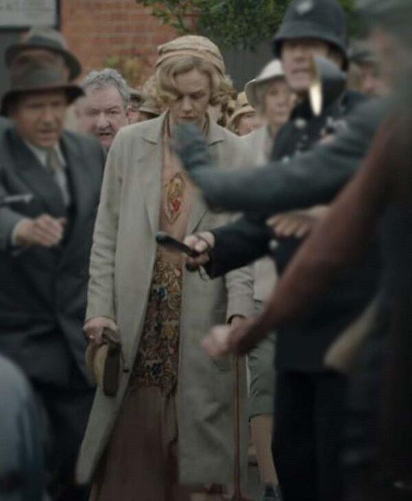 The Dig Edith Pretty Lapel Style Collar Coat