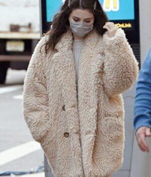Only Murders In The Building Mabel Mora Beige Fur Coat
