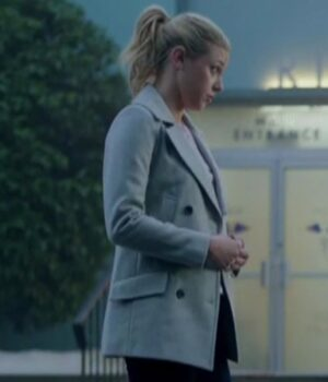 Riverdale S02 Betty Cooper White Wool Peacoat Side